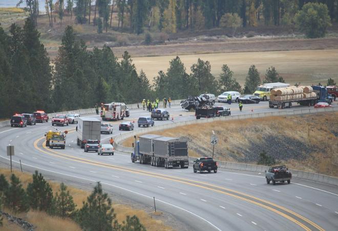 Fatal crash shuts down Highway 9